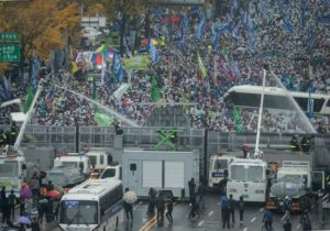 Антиправительственный протест в Сеуле