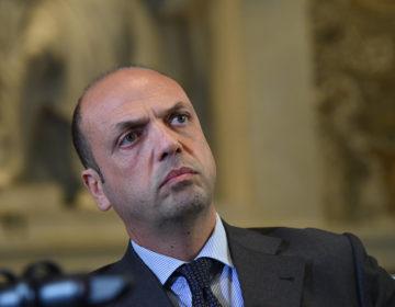 Глава МИД Италии посетит Россию и Украину